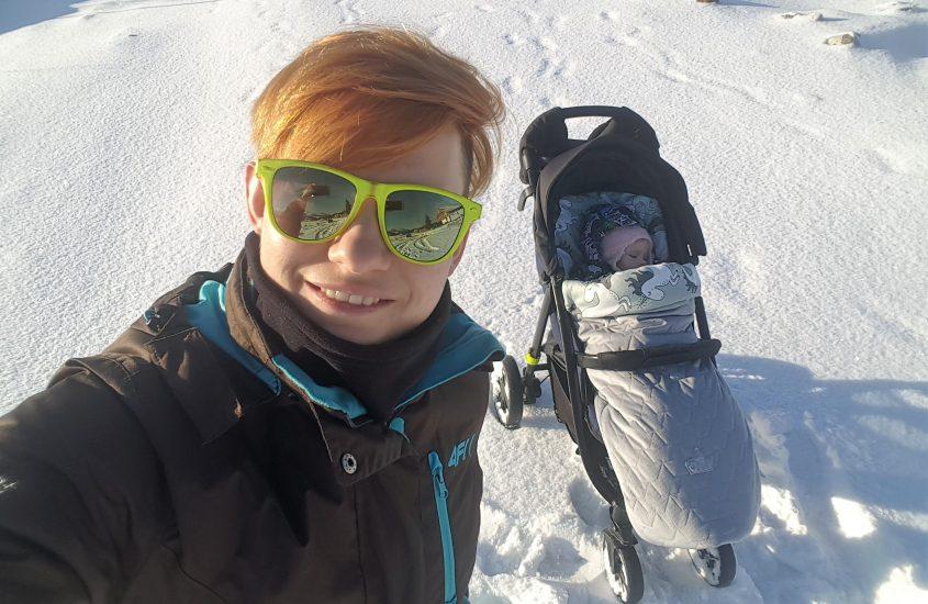 Zimowy urlop zdziećmi wgórach
