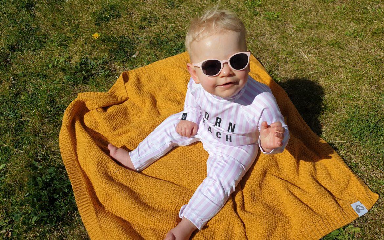 okulary przeciwsłoneczne francuskiej marki Ki ET LA dla niemowląt imałych dzieci Matka Aptekarka