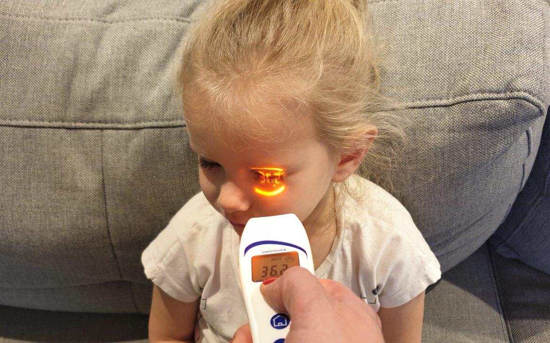 Termometr bezdotykowy Visiofocus 06400, jak wybrać termometr, Matka Aptekarka