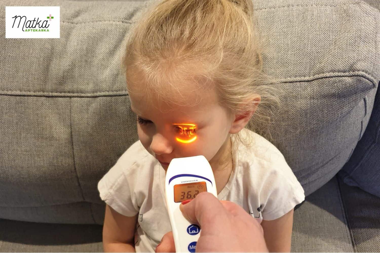 Termometr bezdotykowy Visiofocus 06400, jak wybrać termometr dla dziecka, najlepszy termometr dla małego dziecka Matka Aptekarka (7)