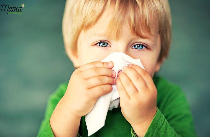 Katar udziecka, katar uniemowlaka, jak radzić sobie zkatarem udziecka, aspirator, kolor kataru, wodnisty katar, gęsty, zielony katar, Matka Aptekarka